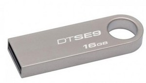 USB Flash накопитель 16GB Kingston DataTraveler SE9 (DTSE9H/16GB) USB 2.0 Серый iconik снеговик крэйзи 16gb usb накопитель