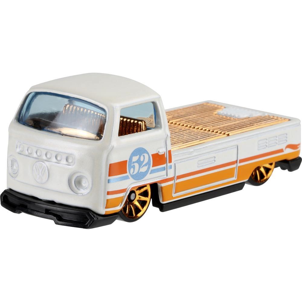 Mattel Hot Wheels премиальная машинка из серии Перламутр и хром GJW48 Volkswagen T2 Pickup mattel базовая машинка hot wheels beat all
