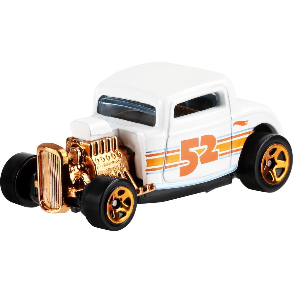 Mattel Hot Wheels премиальная машинка из серии Перламутр и хром '32 Ford mattel базовая машинка hot wheels 91 gmc syclone